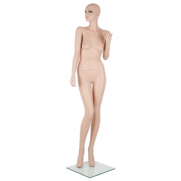 Sienna mannequin
